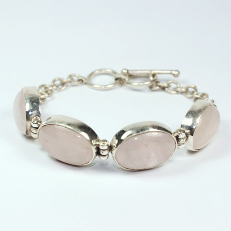'Soft pink oval chain