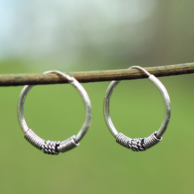 'Wire on wire Earrings