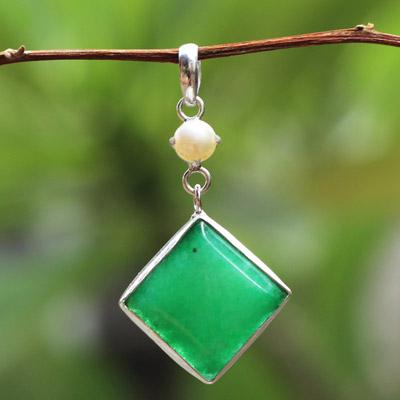 'Green Asymmetry