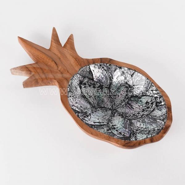 'Black Shell Pinepapple